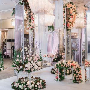 Wedluxe Show 2019 Mirror Mirror Grand Entry